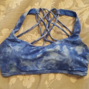 Lululemon Free 2 Be Wild Sports Bra